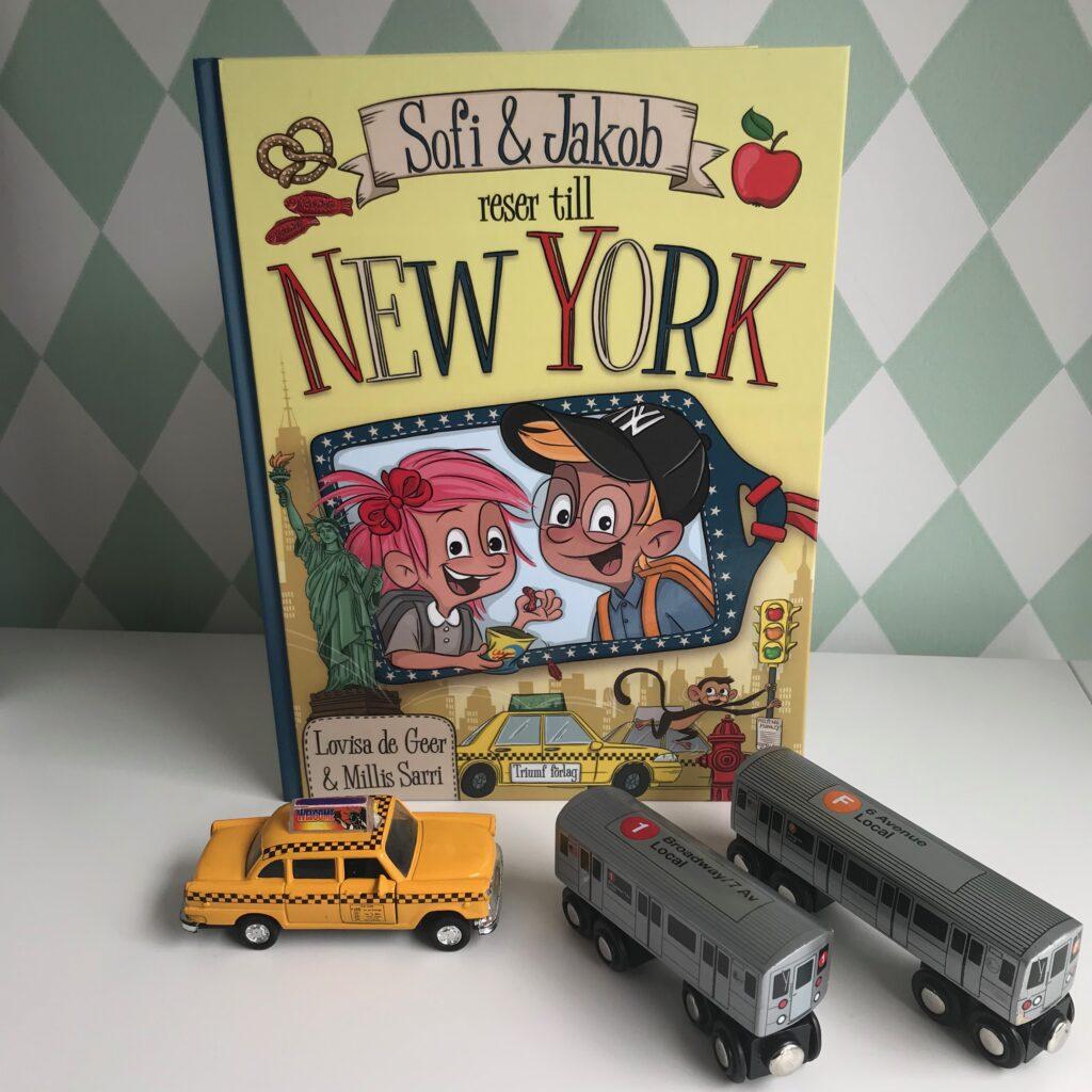 Boktips för barn. Sofi & Jakob reser till New York av Lovisa de Geer och Millis Sarri.