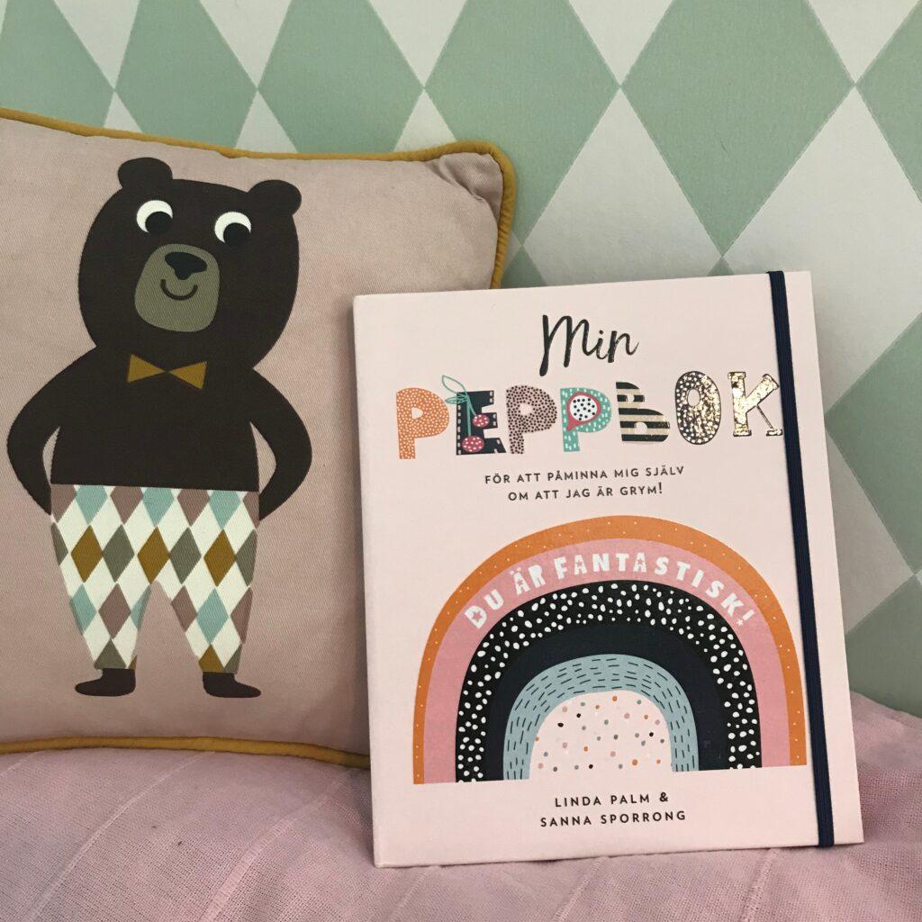 Boktips om självkänsla för barn. Min peppbok. Barnens boktips.