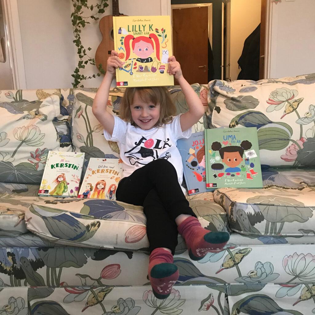 Barnens boktips gäst: Britta Persson och hennes dotter Uma.