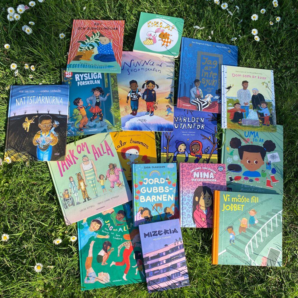 Tips på barnböcker med representation för att bredda bokhyllan.